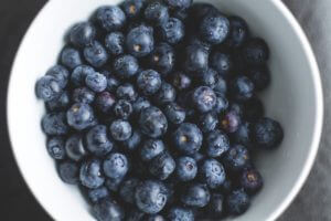 blueberries are a fruit you can grow indoors